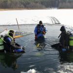 Eiskaltes Vergnügen im Pinnower See